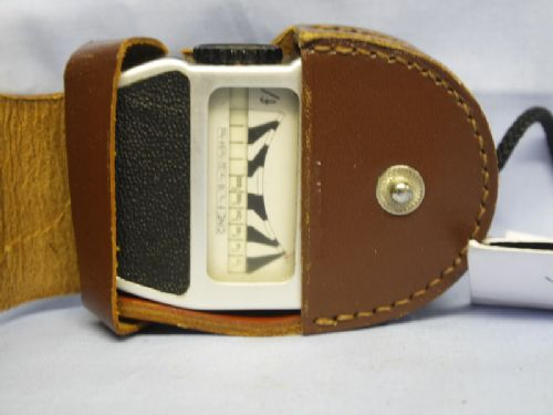 Mini Rex II Cased Vintage Light Meter £3.99